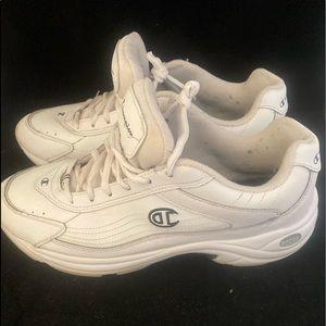 Champion Logo VTG White Dad Sneakers (11)